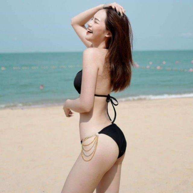 ชุดว่ายน้ำ ทูพีชสีดำจัดว่าเด็ด
