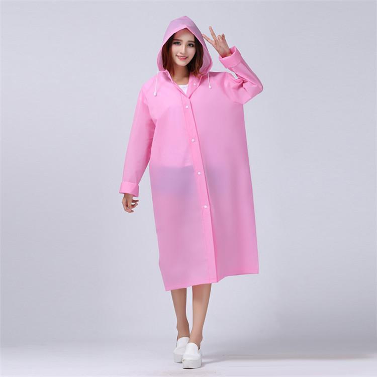 สิ่งที่ควรมีติดกระเป๋าในช่วงหน้าฝน ชุดกันฝนสีสันน่ารักๆต้องเหมาะกับผู้หญิงอย่างเราแน่นอน