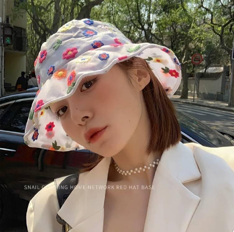 หมวกผ้าลูกไม้ซีทรู แบบสีสันใส่แล้วสดใส