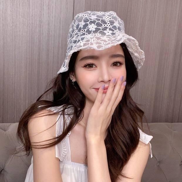 เทรนด์ดังจากเกาหลี หมวกผ้าลูกไม้ซีทรู แค่หยิบมาใส่ก็ดูน่ารัก