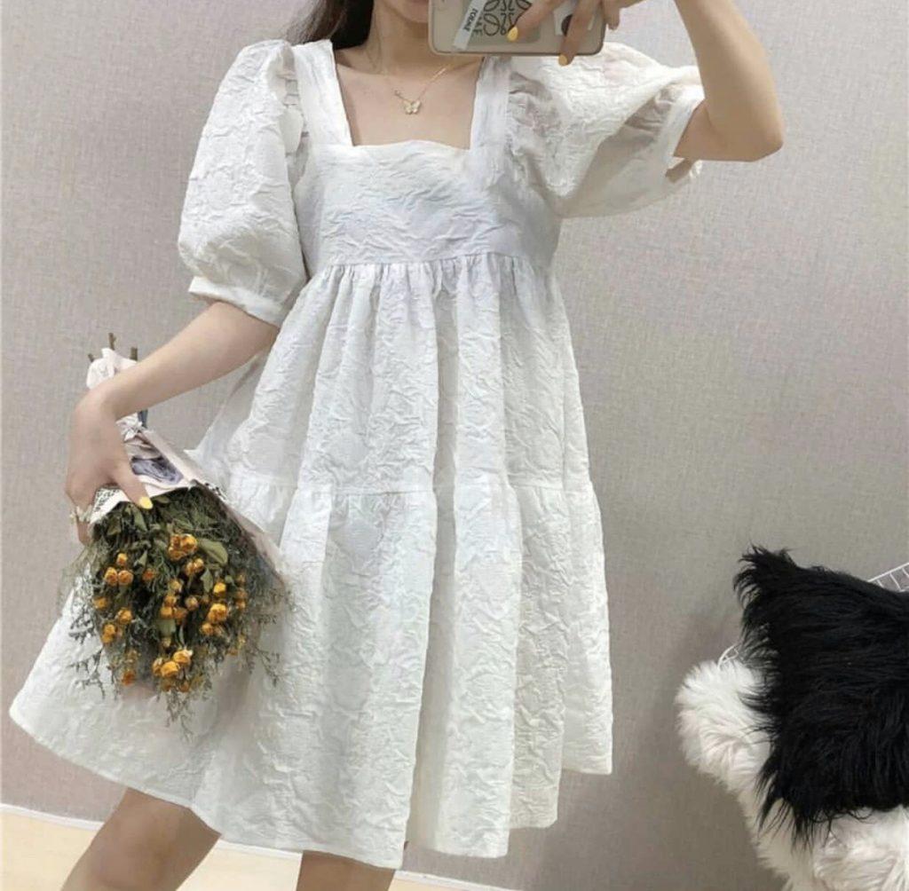 เดรสสีขาว (White dresses)