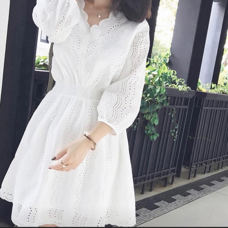 เดรสสีขาว (White dresses) ใส่ไปทำงานก็ได้น่ะ