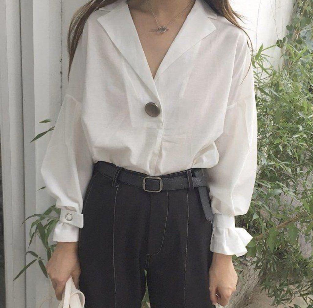 เสื้อเชิ้ตสีขาว จับแมทช์กับอะไรก็สวย