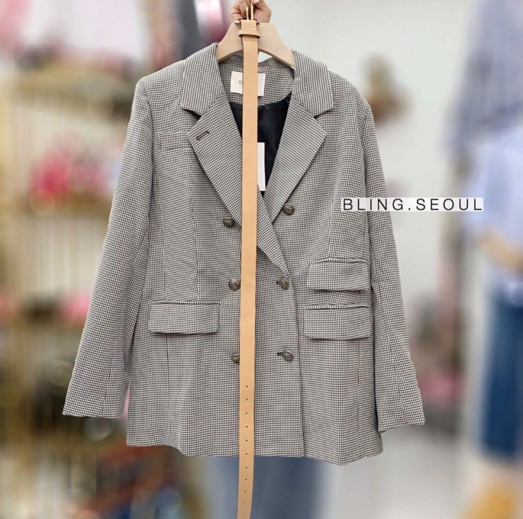 เสื้อเบลเซอร์ (Blazer) เสื้อคลุมสไตล์สูท แฟชั่นฮิต สุดชิค