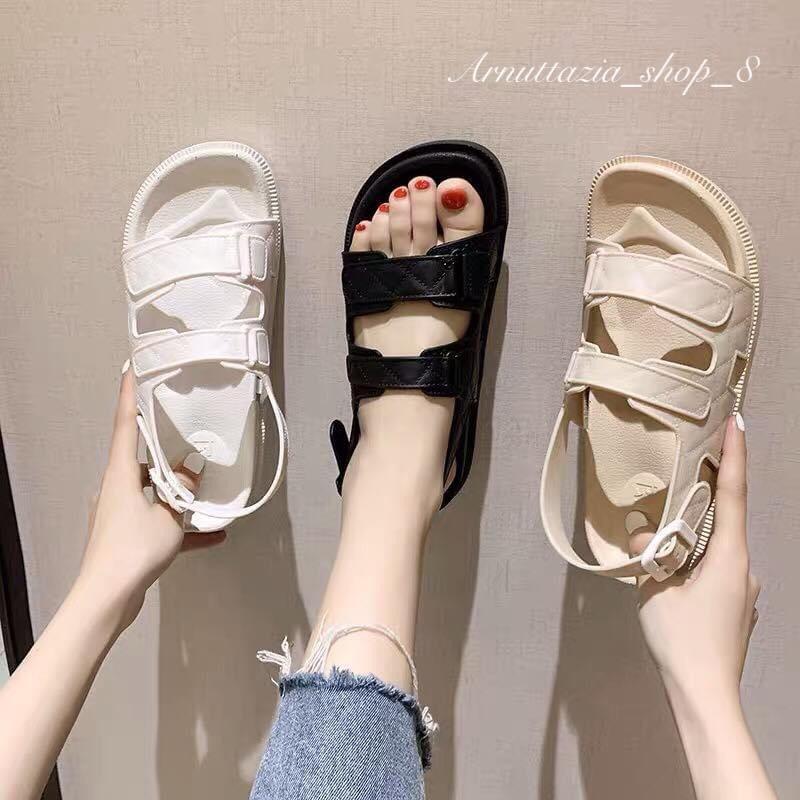 รองเท้าแตะรัดส้น แบบเกาหลี