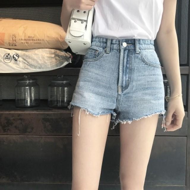 กางเกงยีนส์ขาสั้น 2020 แต่งขาดปลายขา