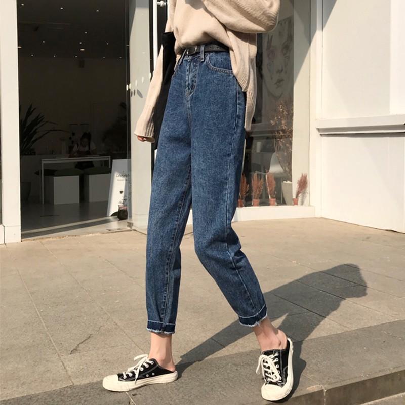 กางเกงยีนส์ทรงบอย 2020 กับสาวสายลุย