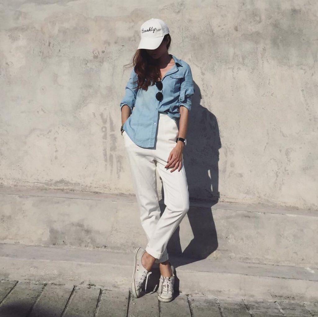 กางเกงสีขาว ทรงเดฟมาจับคู่กับเสื้อแฟชั่น