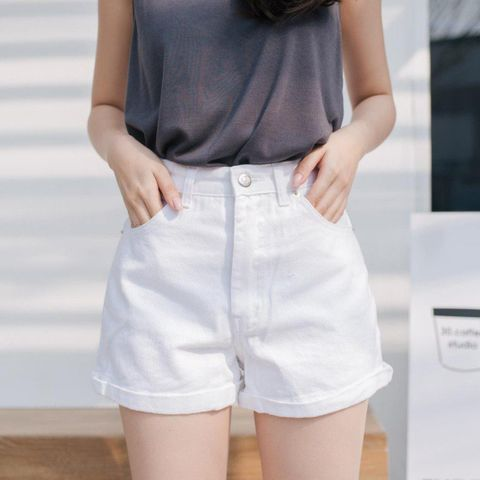 กางเกงสีขาว เทรนด์สวยลุคคุณหนู เรียบหรูดูแพง มาแรงสุดๆ