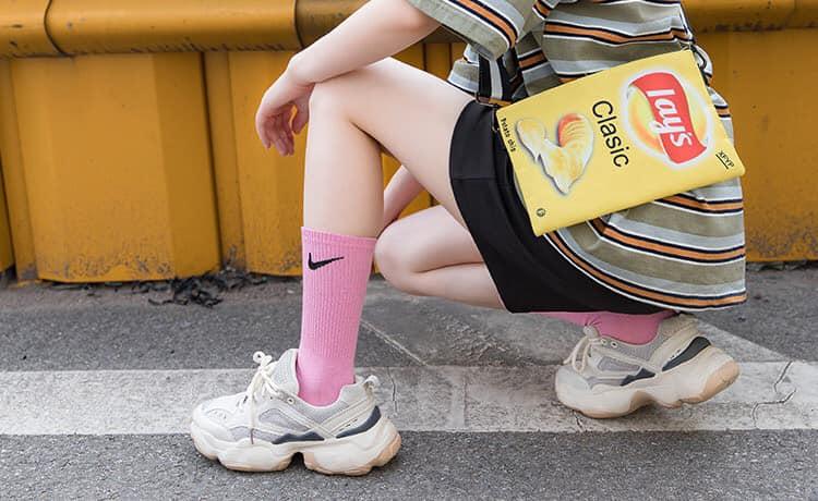 ถุงเท้าสีพาสเทล ปี 2020 พร้อมเท่