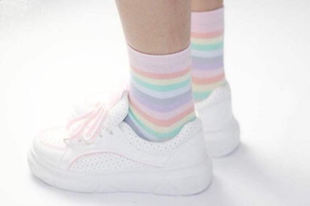 ถุงเท้าสีพาสเทล ปี 2020 สายรุ้ง