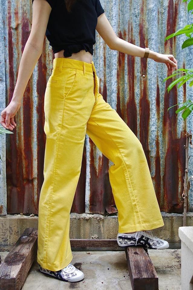แฟชั่นกางเกงลูกฟูก สีเหลืองสดใส