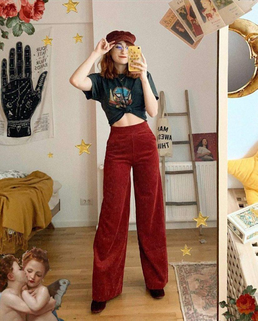 แฟชั่นกางเกงลูกฟูก แดงเลือดสวย