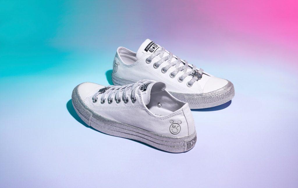 รองเท้าคอนเวิร์ส (Converse All Star) สายหวานต้องมี