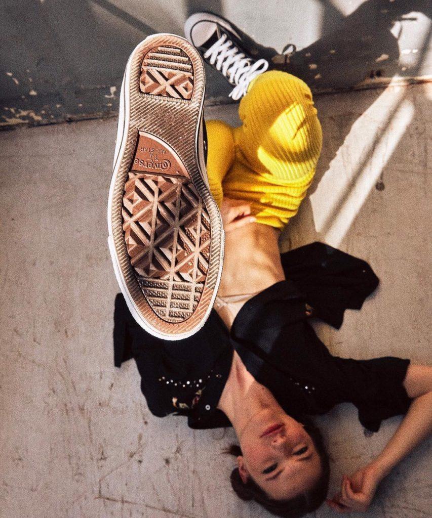 รองเท้าคอนเวิร์ส (Converse All Star) แบบเท่