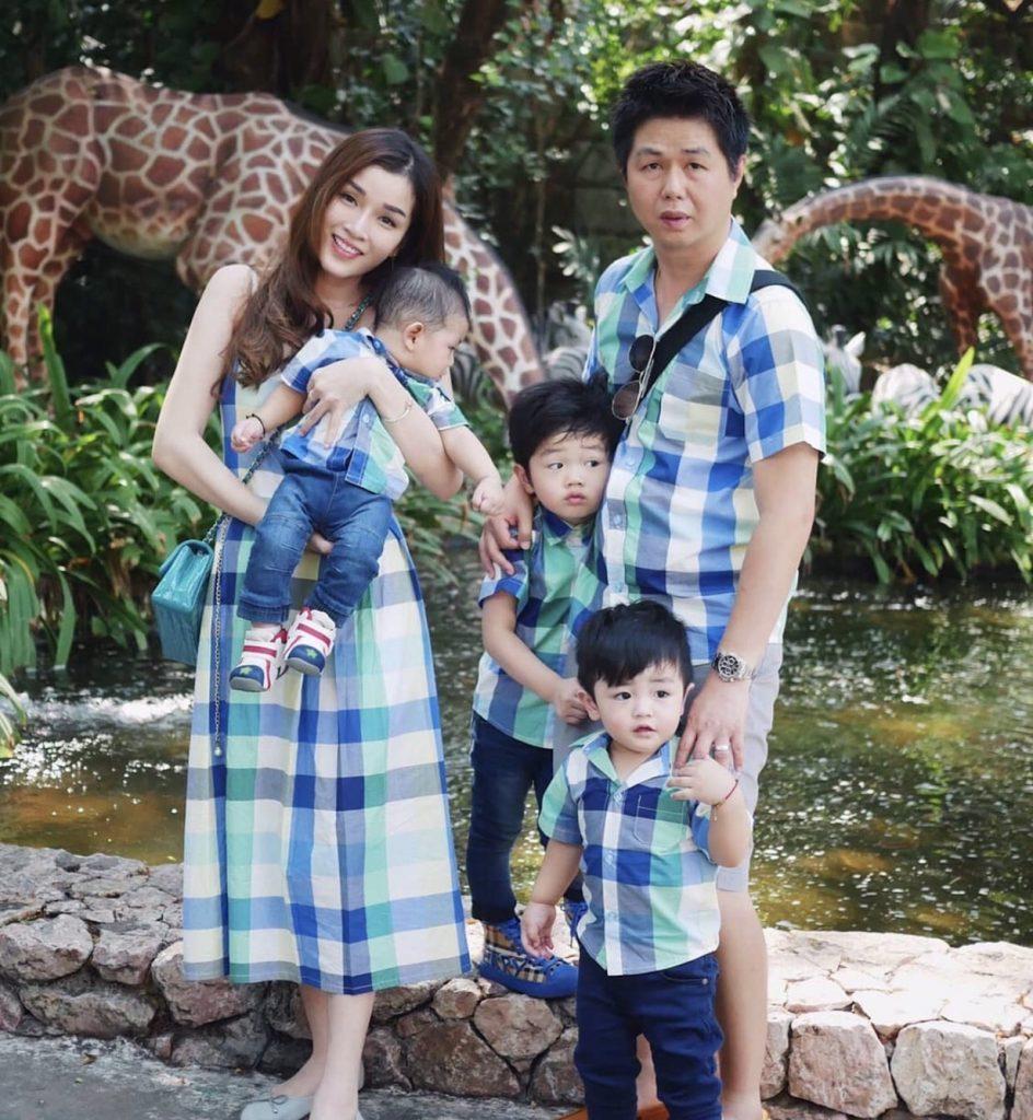ชุดครอบครัว ใส่ไปเที่ยวด้วยกันน่ารักสุด