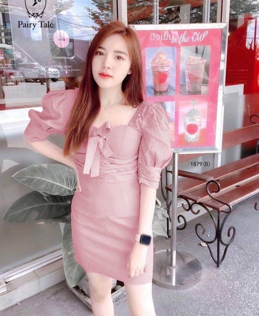 เดรสสีชมพู สวยใสเมื่อสวมใส่