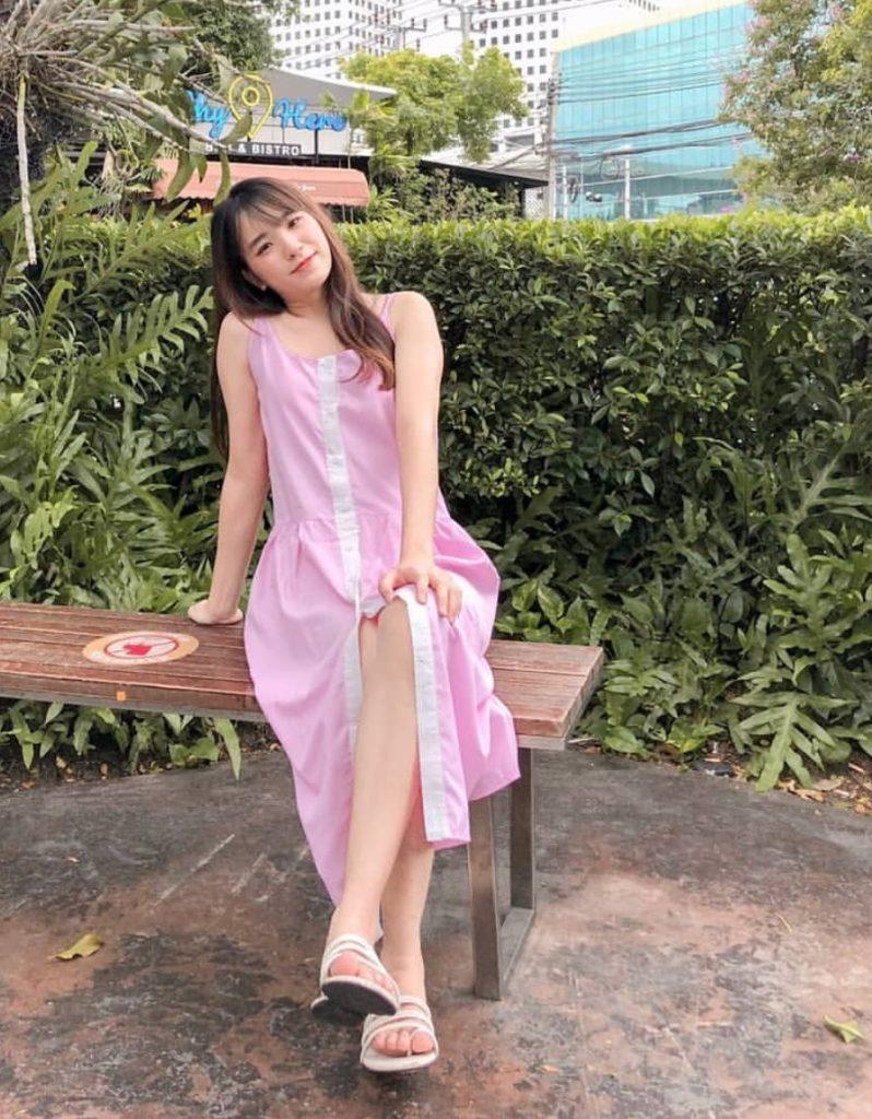 เดรสสีชมพู แบบน่ารักๆ