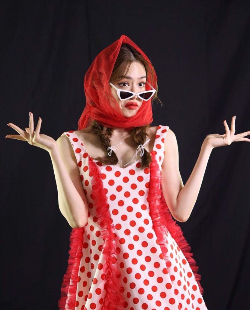 ไอเทมแต่งผม สีแดงแรงมาก