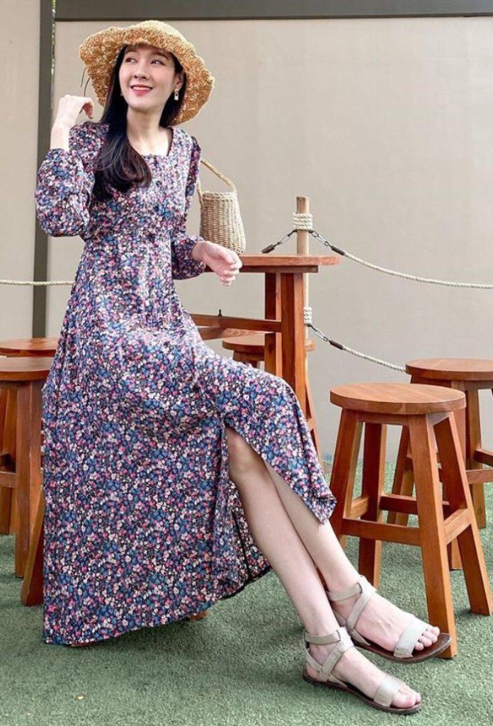 เดรสสีม่วง (Purple dress) แบบยาวสวยน่าใส่่