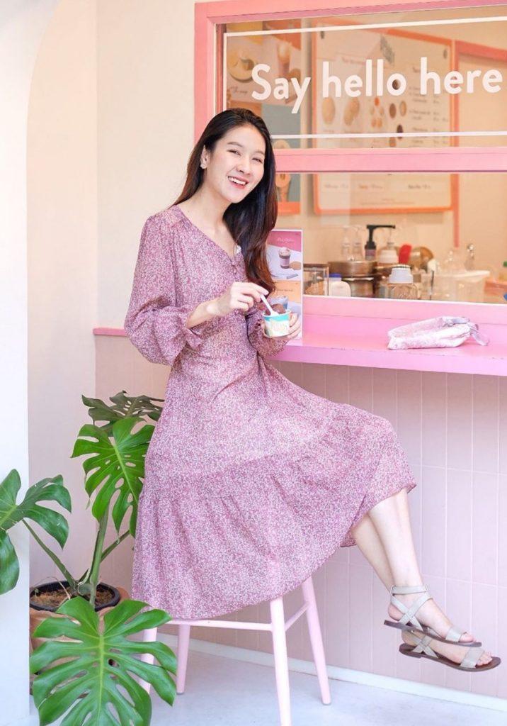เดรสสีม่วง (Purple dress) 2020 แบบยาวผู้ดีมากๆ