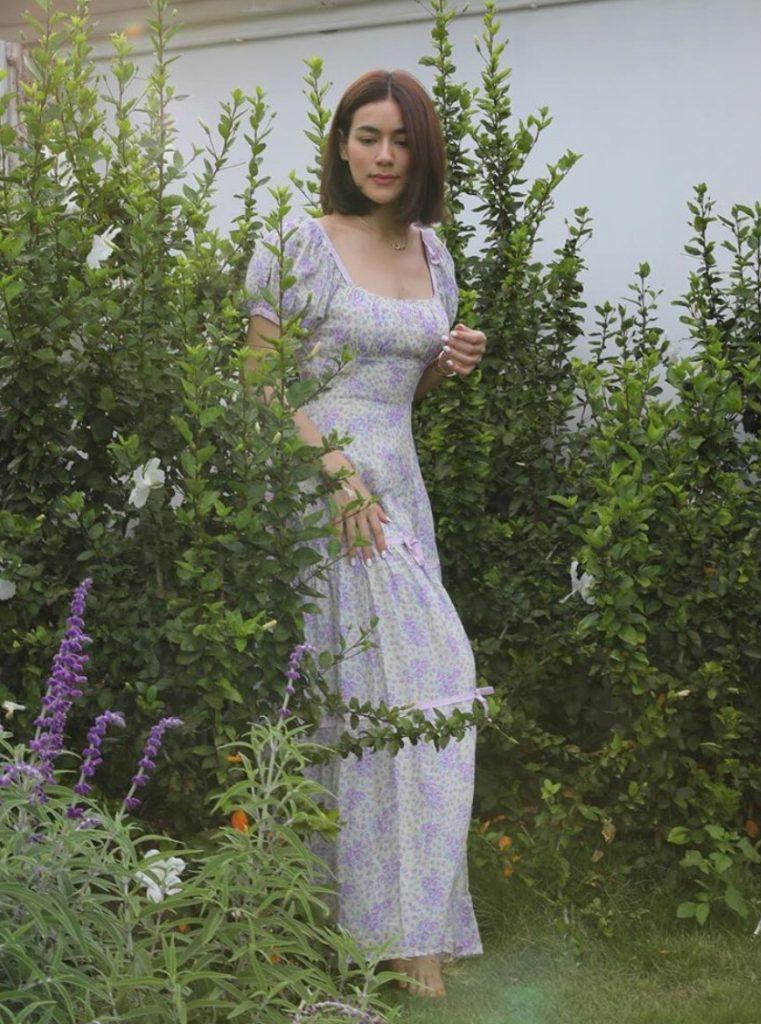 เดรสสีม่วง (Purple dress) แบบสาวคิว สวยงามมากๆ