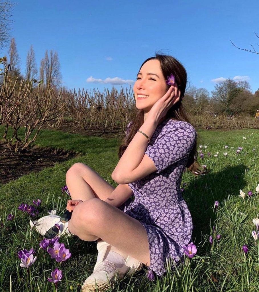 เดรสสีม่วง (Purple dress) ลายสวยน่ารัก