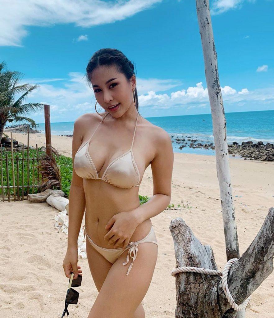 ชุดว่ายน้ำทูพีช 2020 สวยปัง