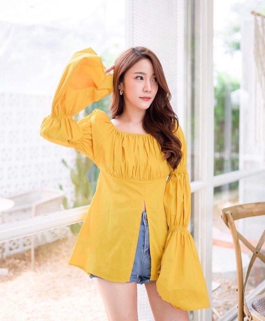 เสื้อญาญ่า สีเหลืองสดใส