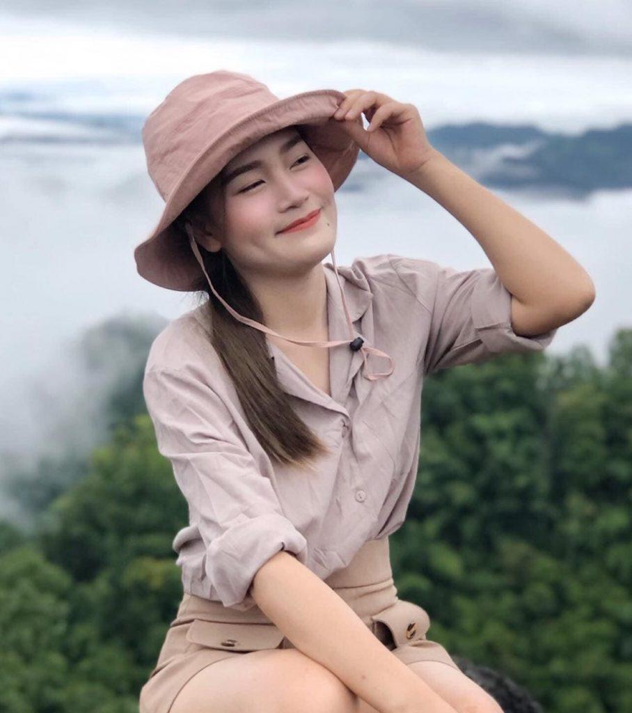 หมวกเดินป่า สาวๆอย่างเราต้องมีถ้าเข้าป่า