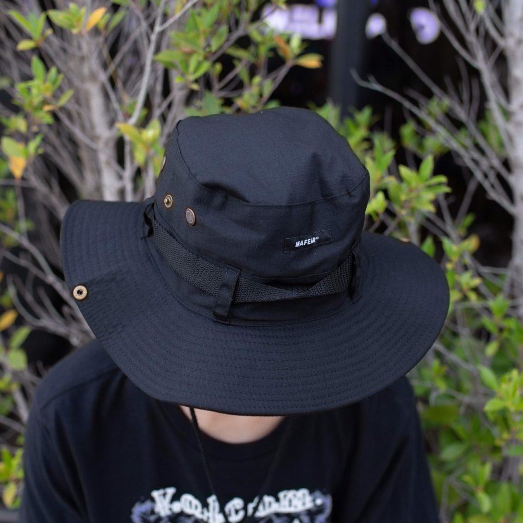 หมวกเดินป่า มีให้เลือกใส่หลากหลายในปัจจุบัน