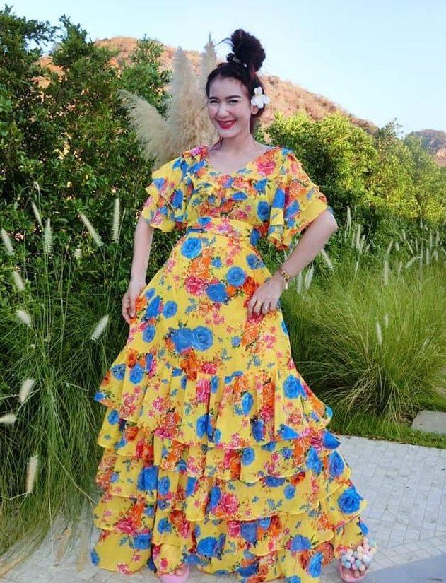 แฟชั่น เดรสยาวสวยๆ (Maxi dress) ของมันต้องมี