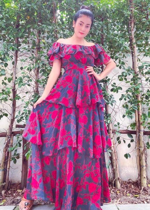แฟชั่น เดรสยาวสวยๆ (Maxi dress)  สีไหนก็สวย