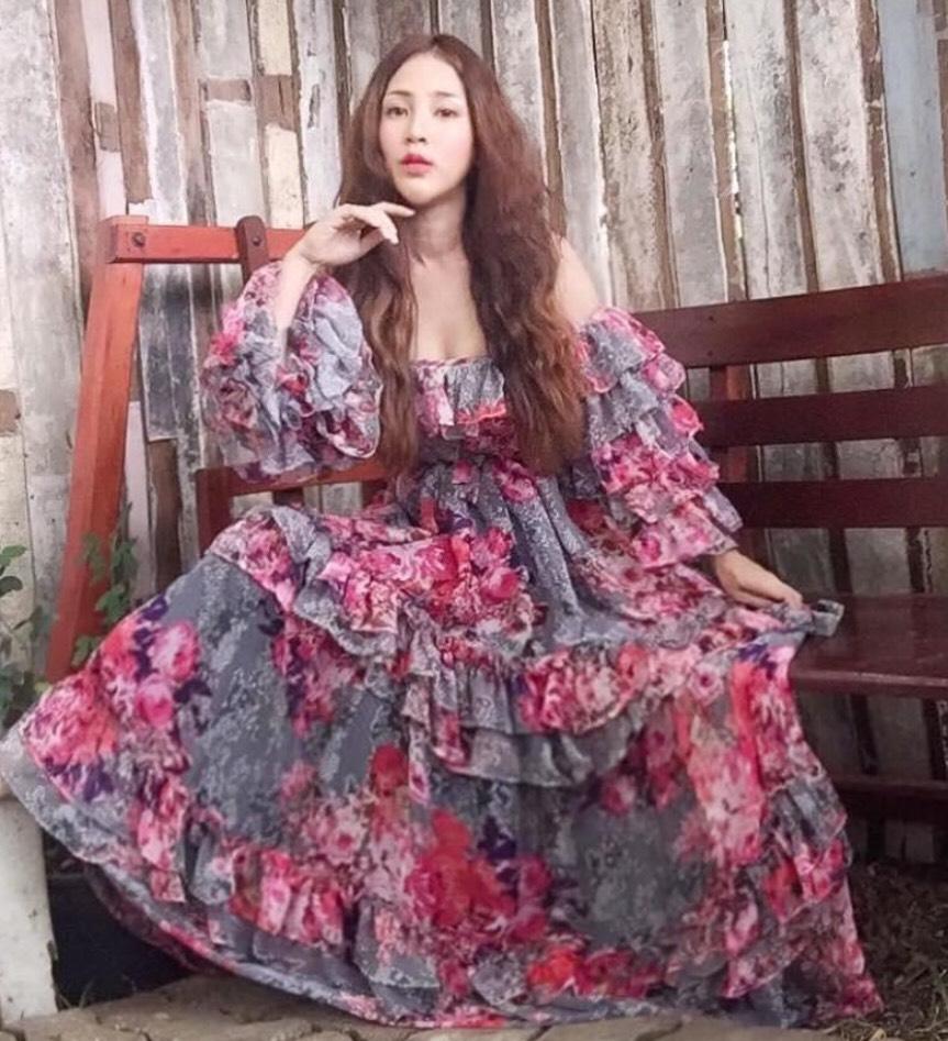 แฟชั่น เดรสยาวสวยๆ (Maxi dress)  เพิ่มความปังไม่ไหว
