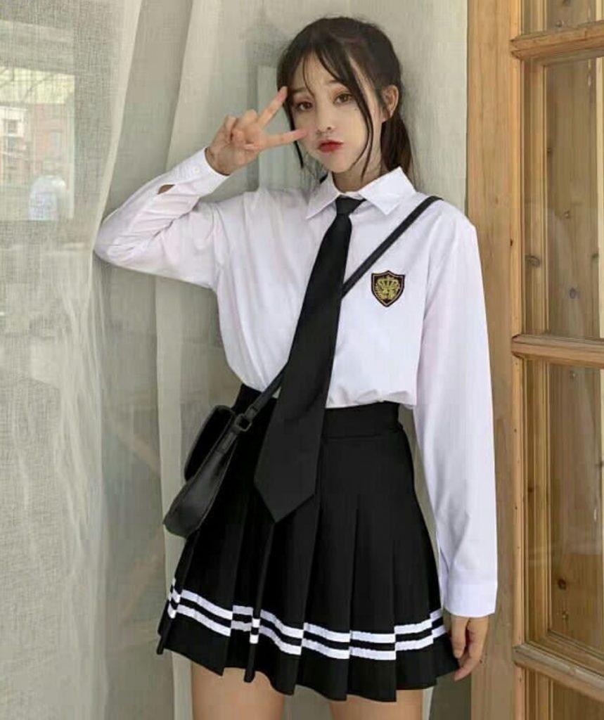 ชุดนักศึกษาญี่ปุ่น เหมาะกับสาวเท่