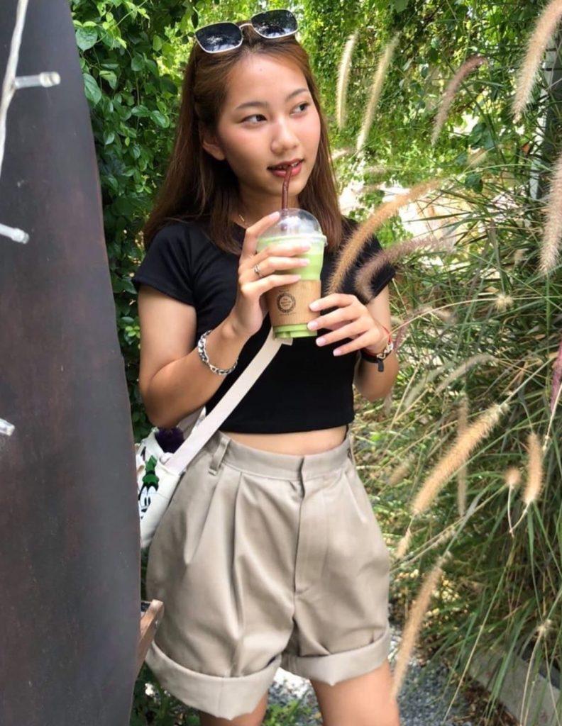 กางเกงทรงลุงขาสั้น ลุควินเทจสวยเท่