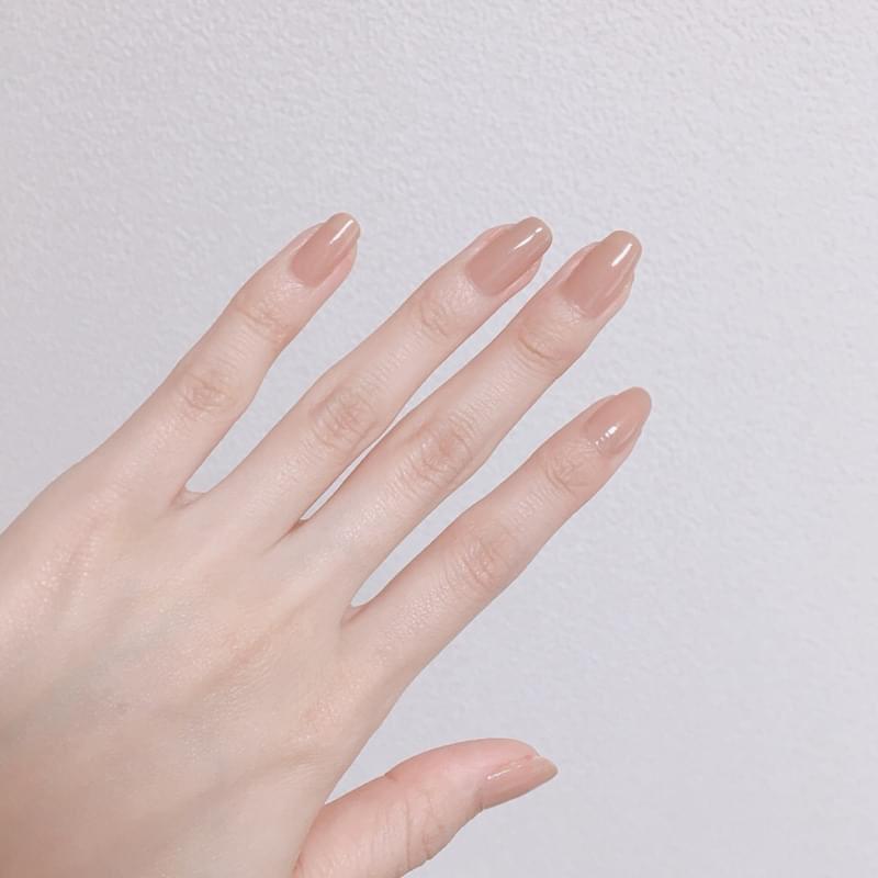 ทาเล็บสีธรรมชาติ ได้มือที่สวยผ่องขึ้น