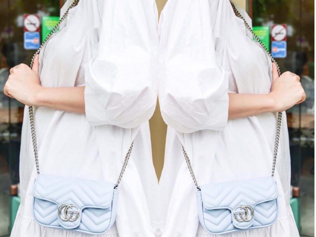 สะพายกระเป๋ากุชชี่ Gucci -(สายโซ่) แบบที่ 2 สะพายแบบสายยาว ข้างตัว