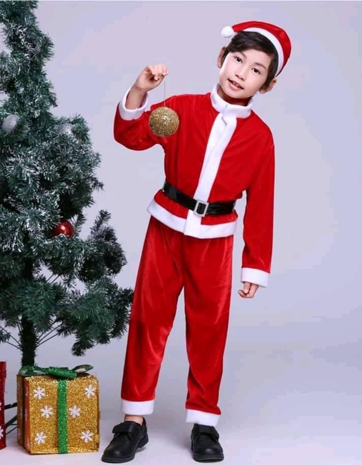 ชุดคริสต์มาสเด็กผู้ชายโต