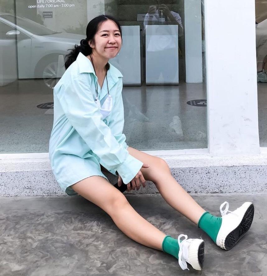 ถุงเท้าน่ารักๆใส่ให้เข้ากับสีเสื้อ