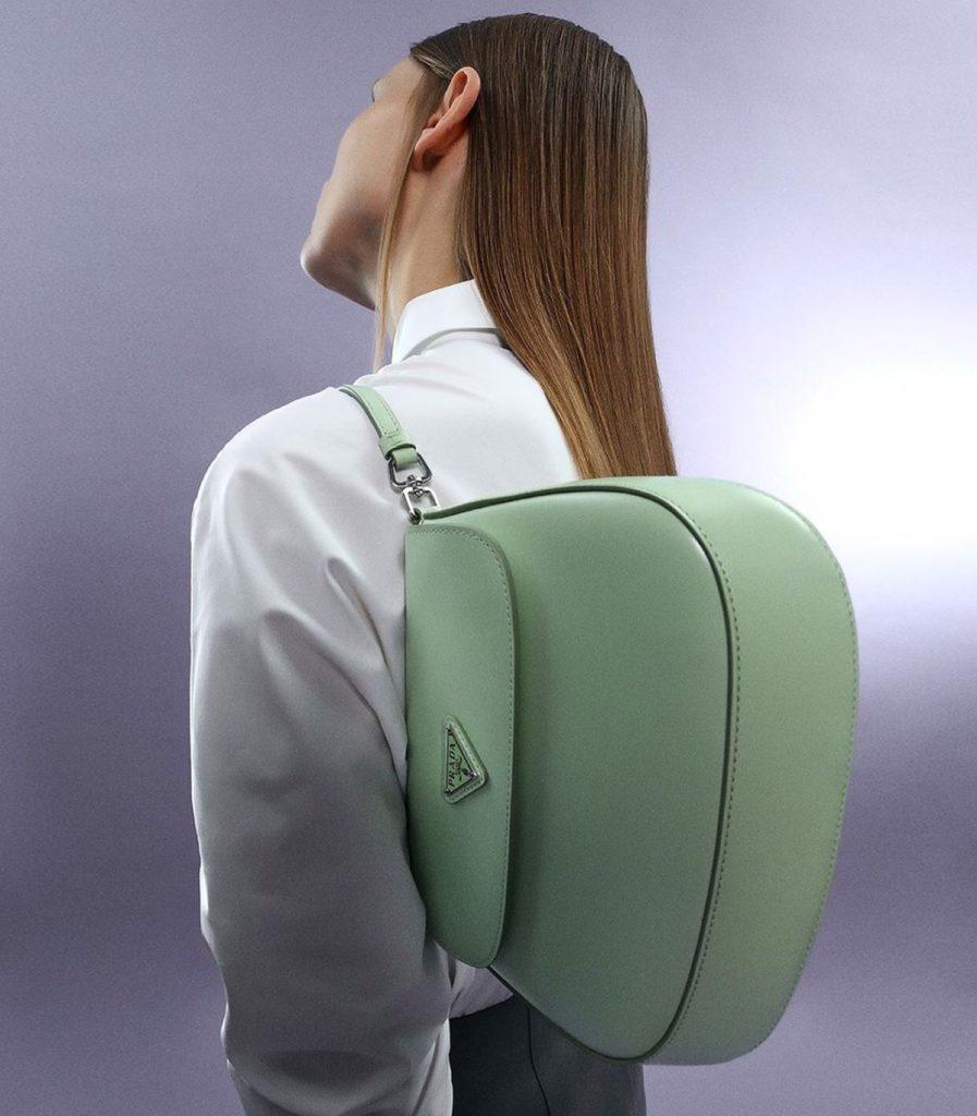 Prada cleo สีเขียวสวยสดใส