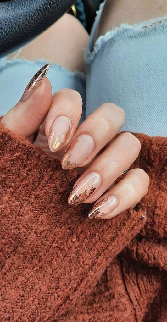 French Nails เล็บสวยดูโดดเด่น