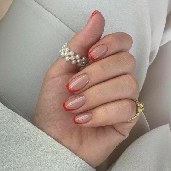 French Nailsน้อยๆแต่ได้ความมีระดับ