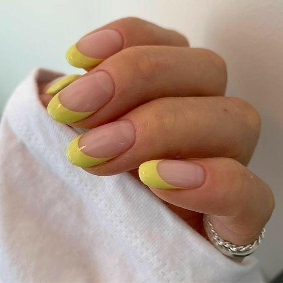 French Nailsสาวๆแนวไหนก็ทำได้เพราะมีความหลากหลาย