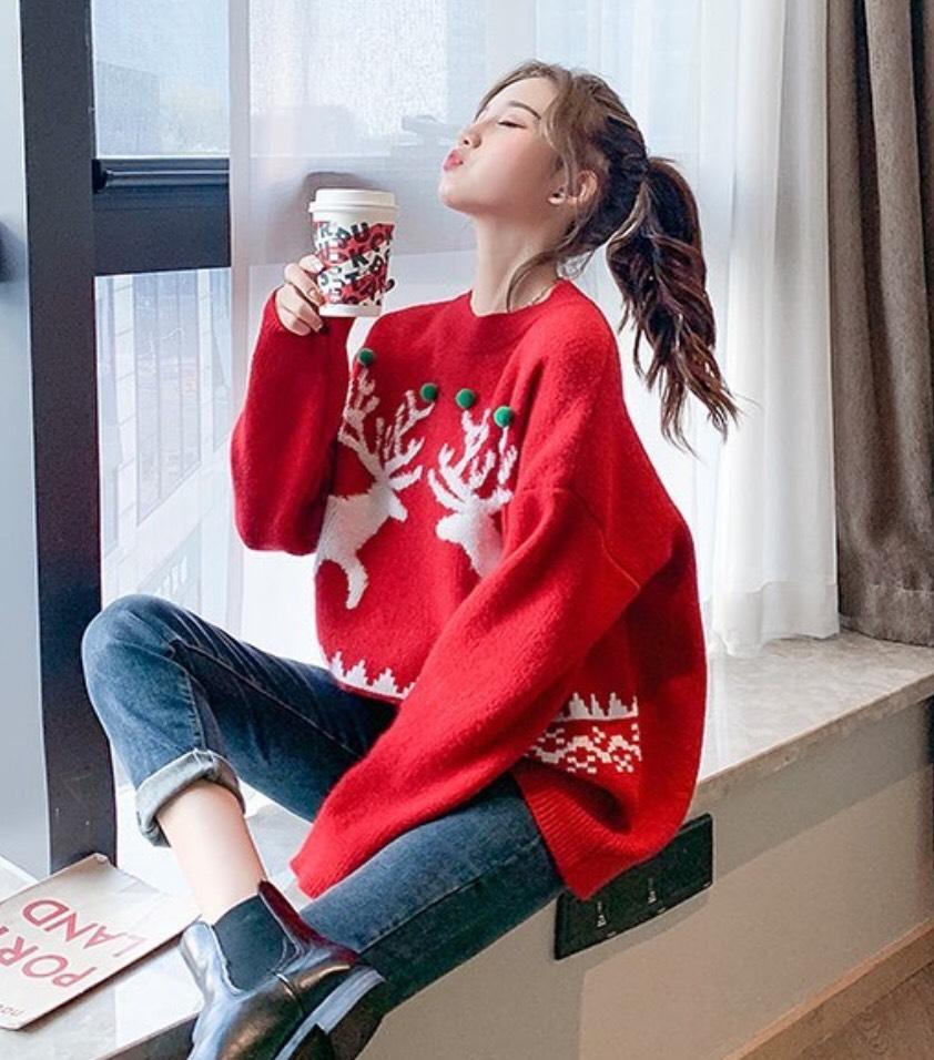 เสื้อกันหนาวสีสดใสกับเทรนด์คริสต์มาส
