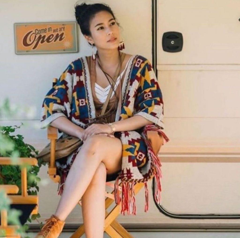 เสื้อคลุมโบฮีเมียน แบบลวดลายที่สวยงาม