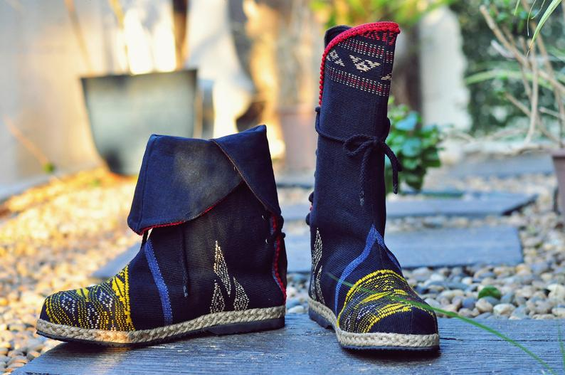 รองเท้าบูทโบฮีเมียนมีติดบ้านไว้จะใส่ไหนก็เท่