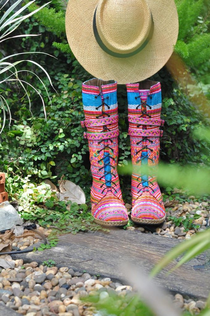 รองเท้าบูทโบฮีเมียน ความเท่ที่โบฮีเมียนสไตล์เท่านั้นที่รู้
