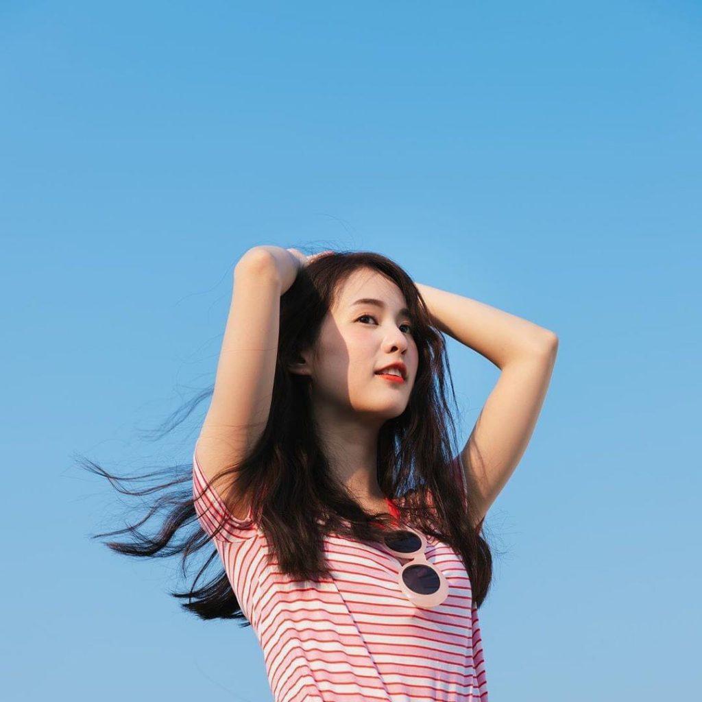 ไอเดียถ่ายรูปกับท้องฟ้ากับท่าโพสสวยเก๋