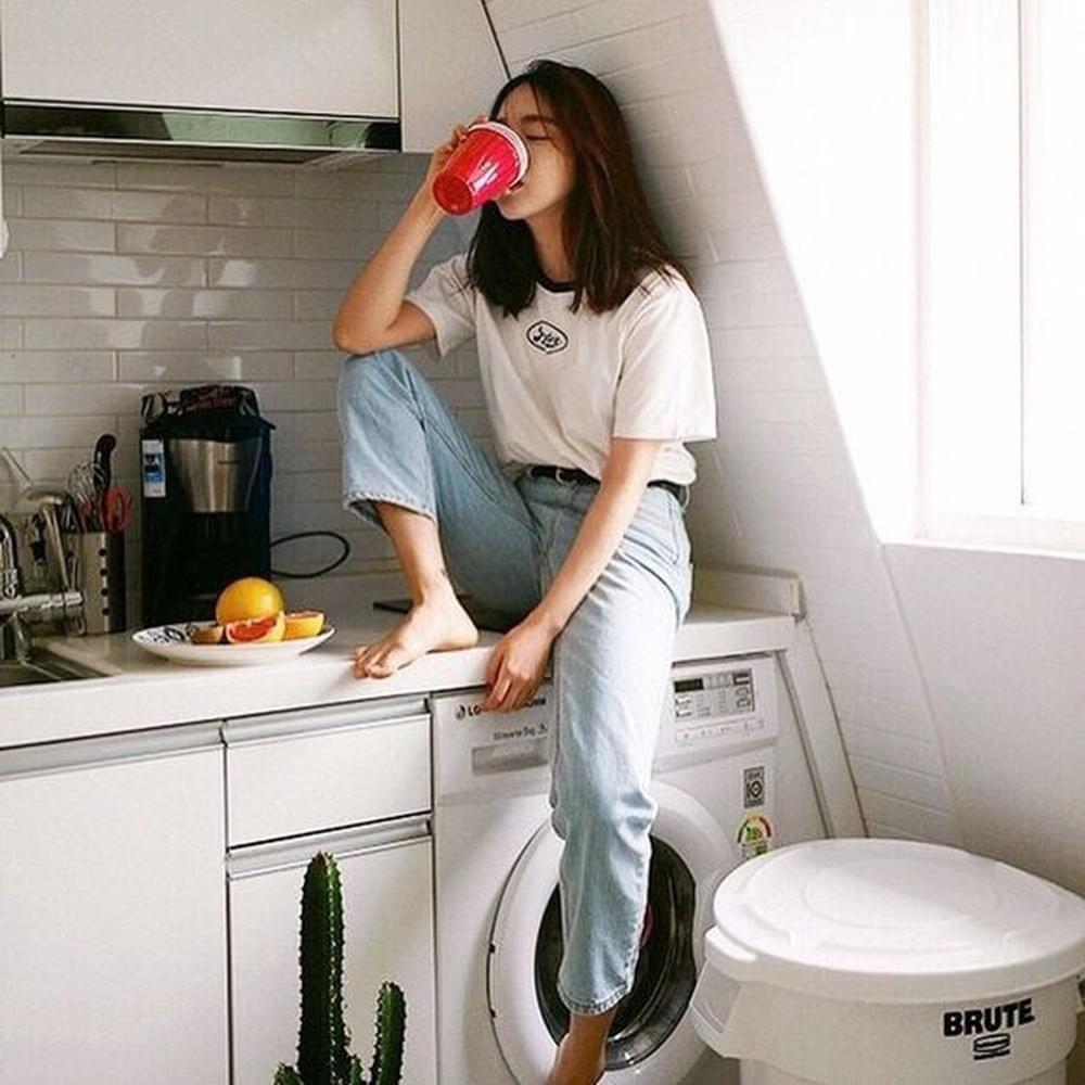 ถ่ายรูปอยู่บ้านในมุมเก๋ๆ ในห้องครัว